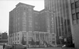 Park Plaza [1140 West Pender St.]