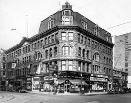 [Exterior of the Williams Building (Mackinnon Block) on the southwest corner of Granville Street ...
