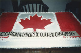 Cake for new citizens
