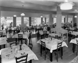 [Dining Room in Bowen Island Inn]