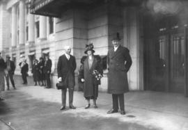Lord Byng's farewell visit [at C.N. Station, left to right Mayor Taylor, Lord and Lady Byng]