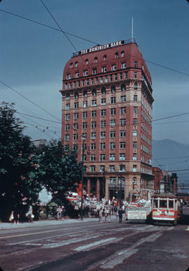 Dominion Trust Building [at 207 West Hastings]