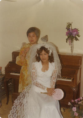 Mrs. Slim Wong with bride