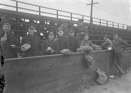 Siberian Expeditionary Forces - CAVC 4th Advance Med. Stores, lunch time at Cambie Street [grounds]