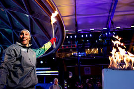 Torchbearer 48 Roberto Luongo lights the cauldron at Vancouver's 24 hour event in British Co...