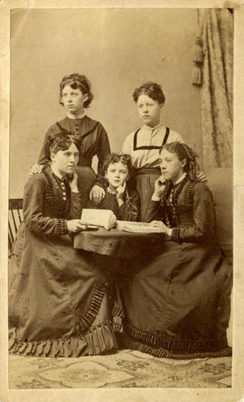 Portrait of the Lee sisters, including Harriet Ellen Lee