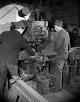 [Men at work at Western Bridge and Steel Fabrictors Ltd.]