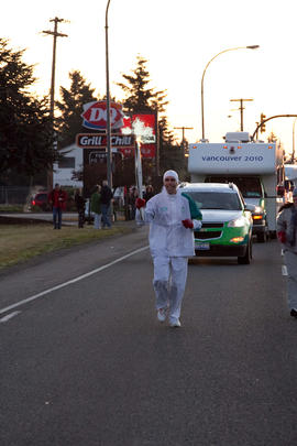 Day 003, torchbearer no. 024, Scott Thomas - Nanaimo