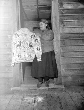 Cowichan Indian Sweater Maker