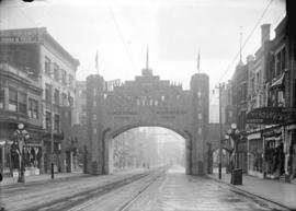 [Progress Club arch at Granville and Dunsmuir Streets, erected for visit of Duke and Duchess of C...