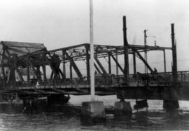 [Bascule] Bridge near Main Street