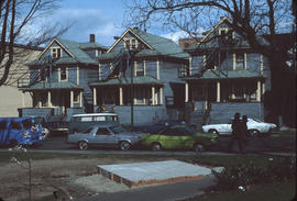 [View of three houses on Jackson Avenue from the corner of Oppenheimer Park]