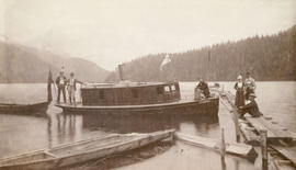 "[The steam yacht ""Yvonne"" at Granite Falls near Indian River]"