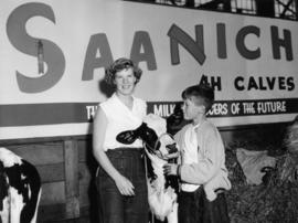 Saanich 4-H Calf Club members with calf