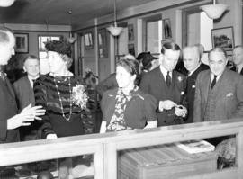[Lord and Lady Tweedsmuir visiting the City Archives]