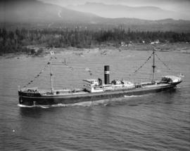 "Japanese team leaving on ""Manila Maru"" [in Burrard Inlet harbour]"