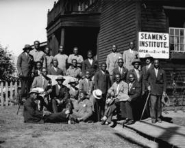 [Group of black men at Seamen's Institute]