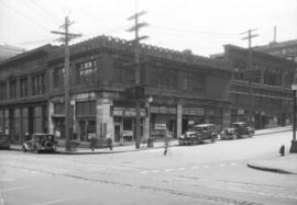 [Bell-Irving building on the corner of Cordova and Richards Streets, before its demolition]