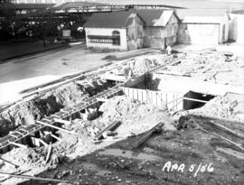 Raw sugar warehouse and dock construction: footing and elevator boot