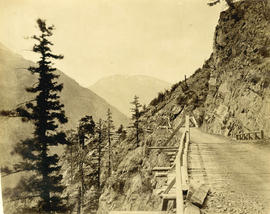 Wagon road over Jackass Mountain