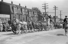 [Stage coach in parade in the 300 Block of Georgia Street]