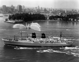 S.S. President Roosevelt inaugural visit [fireboat, Stanley Park in background]