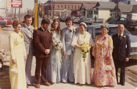 Mrs. Slim Wong with wedding party and guests