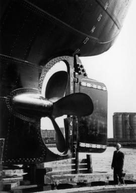 "[Propellor of the Union Steamship ""Chilkoot II""]"