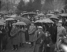 [Crowds at] church ceremony at English Bay - Easter Sunday morning