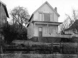 [Renovated ca 1900 unidentified house]