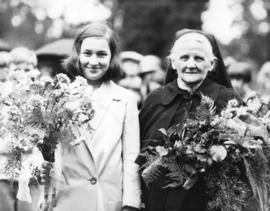 [Mrs. Samuel B. Ball and] Sister Frances Redmond, who received Vancouver's Good Citizenship Medal...