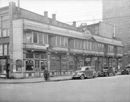 [Sam Kee Building, Pender Street at Carrall]