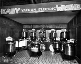 Easy Washer display of vacuum electric washers