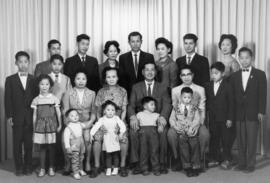 Huang Mei Ying and family [2 of 3]