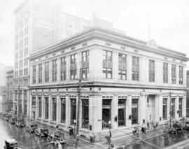 [Exterior of Bank of Montreal building - 580 Granville Street]