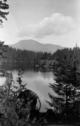 1 Two views of West's Lake, Nelson Island