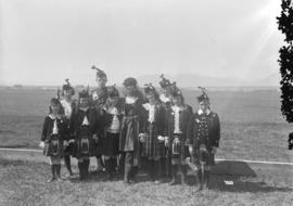 Miss [Priscilla] Dean and group of highland dancers [visit to promote war bonds]