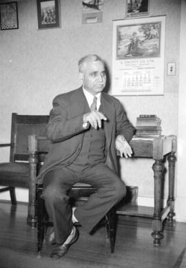 [Portrait of Kapur Singh at his home]