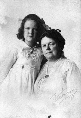 [Studio portrait of Mary and Octavia Beaton]