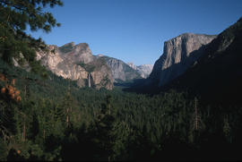 Landscape - general : Yosemite entrance from tunnel