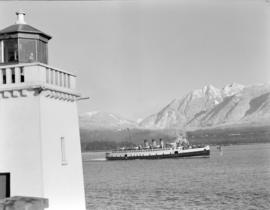 "[The ""Princess Elaine"" passing by Brockton Point lighthouse]"