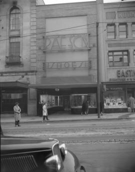 [Exterior view of the Rae-Son Shoes store]