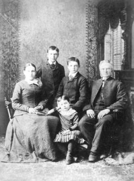 [Mr. and Mrs. John Cronk Vermilyea and their children]