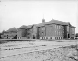 [Lord Selkirk School, showing old and new buildings]