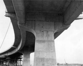 The curved beams between S-35 and S-36 on the Hemlock [Street] ramp [view of bridge ramp supports...
