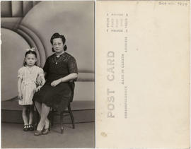 Lillian Ho Wong and family members [12 of 33]