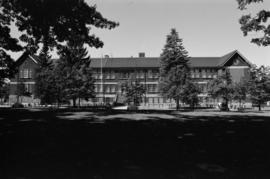 1010 E. 17th Avenue, Charles Dickens School