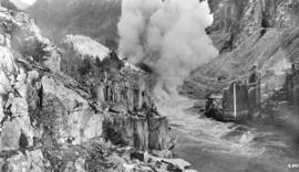 Clearing rock slide at Hell's Gate, Fraser River