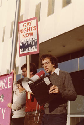 Robert Cook : GATE [Gay Alliance Toward Equality] demonstration against Vancouver Sun [Granville ...