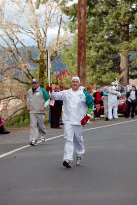 Day 001, torchbearer no. 062, Rob Chiasson - Central Saanich